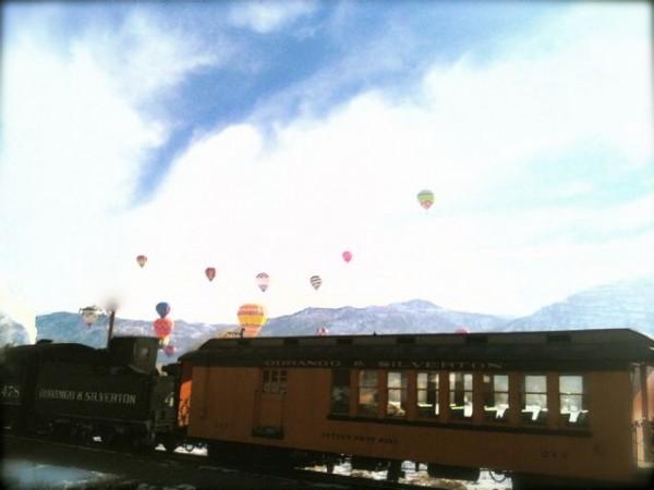 trainballoons